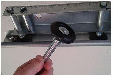 Garage Door Broken Rollers Repair Michigan
